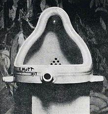 220px-duchamp_fountaine